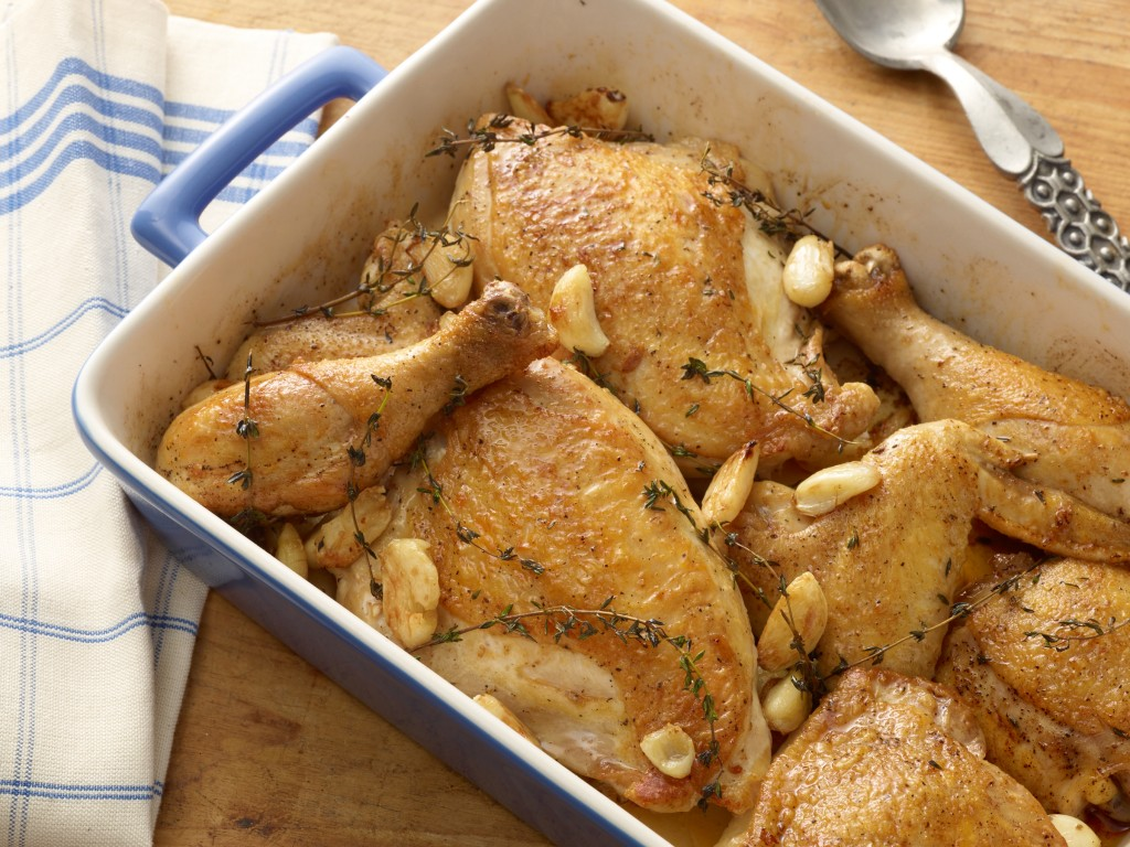 www.garlicrecipes.ca - Chicken with 40 Cloves of Garlic