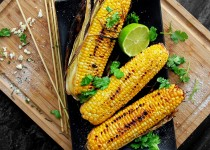 Garlic Cilantro Corn on a Cob w/ Garlic & Cilantro Corn Fiesta Seasoning