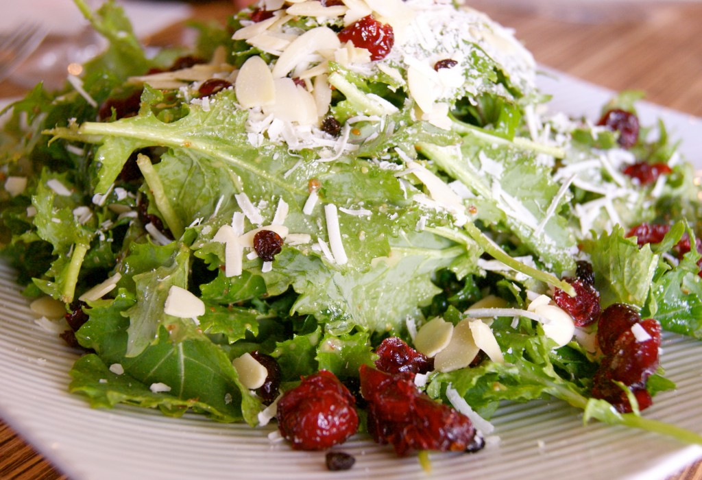 www.garlicrecipes.ca - Wheat-Berry, Kale & Cranberry Salad with Smoked ...