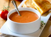 Fresh Tomato Soup w/ Balsamic Vinegar with Garlic
