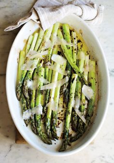 www.garlicrecipes.ca - Asparagus with Lemon Parmesan ...