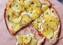 Jesse's Garlicky Potato Pizza