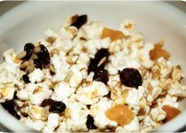 Fruit & Nut Popcorn with Smoked Garlic Seasoning