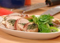 Bacon-Wrapped, Walnut&Spinach-Suffed Chicken with Apple,Celery&Onion Salad