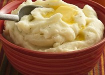 The Ultimate Smoked Garlic Mashed Potato